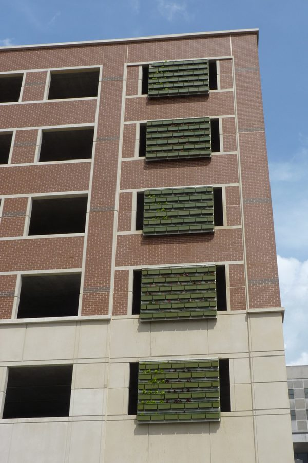 Bloomington Indiana Parking Garage - LiveWall System on the Day of Planting
