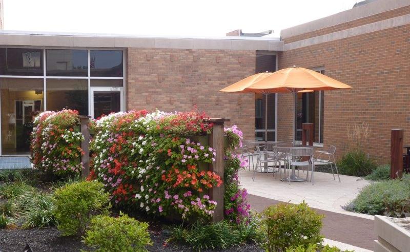 Download 3 part specifications for indoor or outdoor vertical gardens